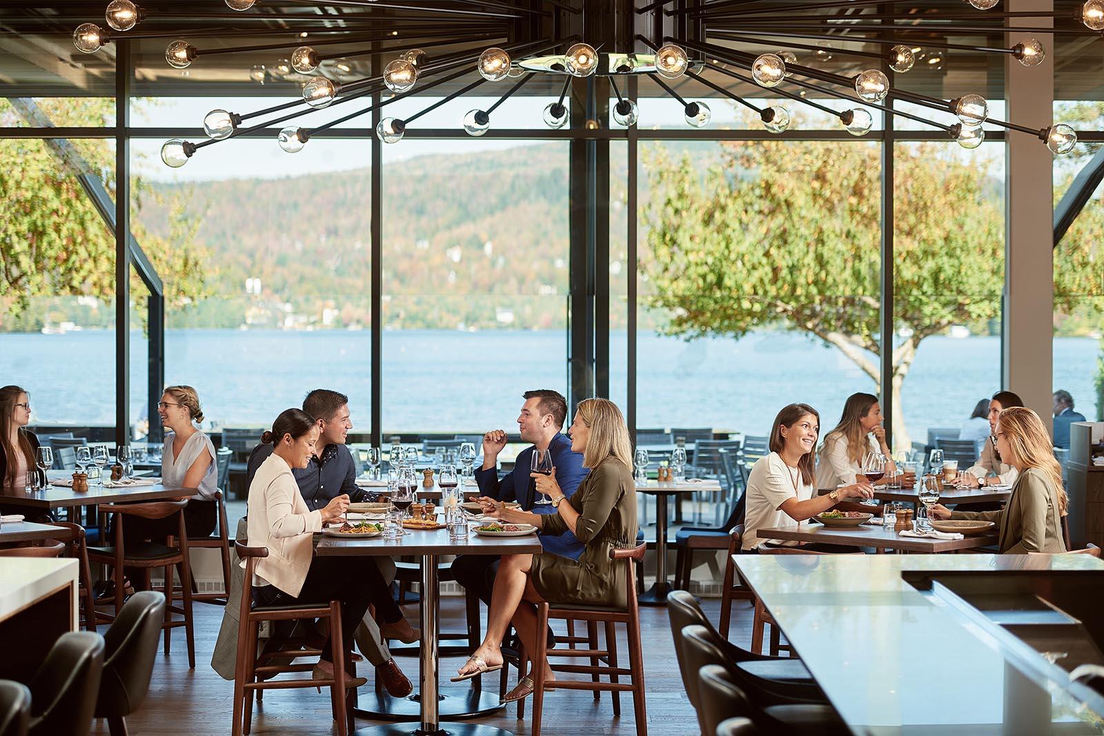Entourage sur le lac resort - restaurant